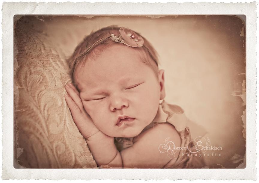 Babyfotos_Babyfotografin_Babybilder_Fotograf_fuer_Babies_natuerliche_Babyfotografie_Berlin_Potsdam_Brandenburg